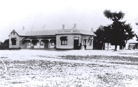 http://web02.wyndham.vic.gov.au:80/hipres/images/local_history/43.jpg