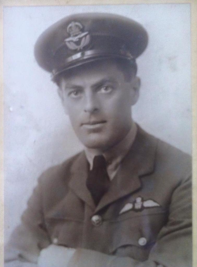 JR Fullarton Captain RFC.jpg