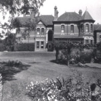 http://web02.wyndham.vic.gov.au:80/hipres/images/local_history/146.jpg