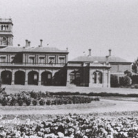 http://web02.wyndham.vic.gov.au:80/hipres/images/local_history/240.jpg