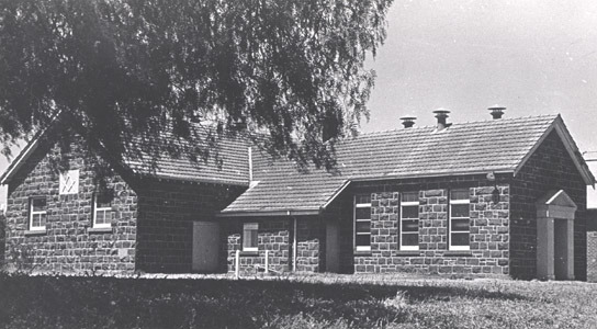 http://web02.wyndham.vic.gov.au:80/hipres/images/local_history/207.jpg